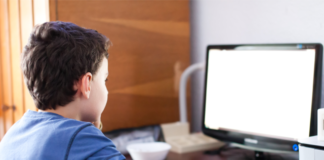 Children on the Internet: the importance of parental control