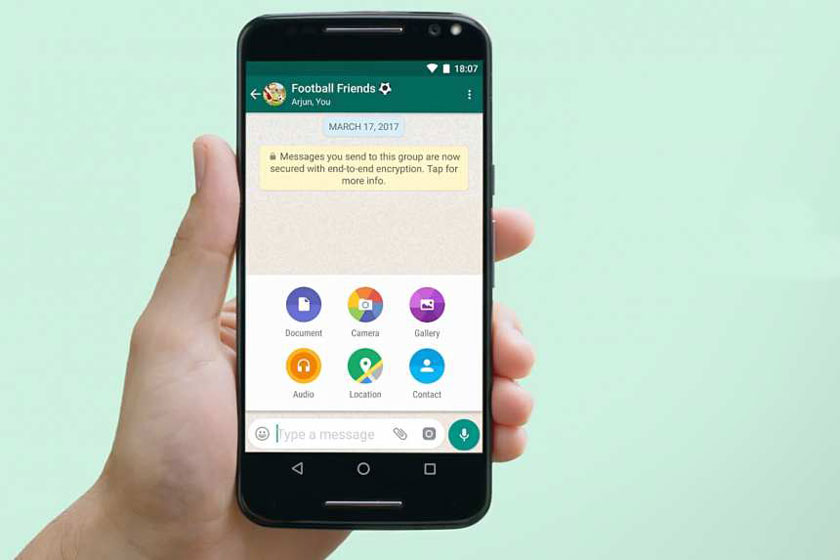 Send uncompressed photos on WhatsApp